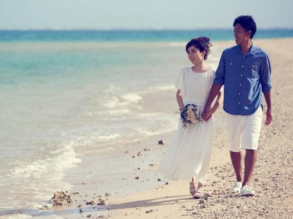 【7月~8月期間限定開幕特惠價!】和全女性團隊一起到海邊拍婚紗♪ 平日40500日圓(未稅)